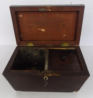 Vintage tea caddy with key, for restoration