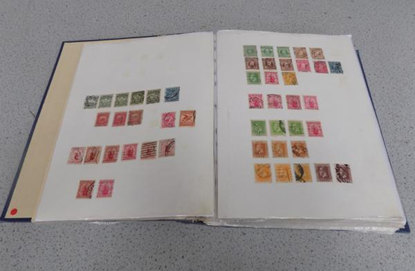 Large binder of New Zealand stamps from Queen Victoria