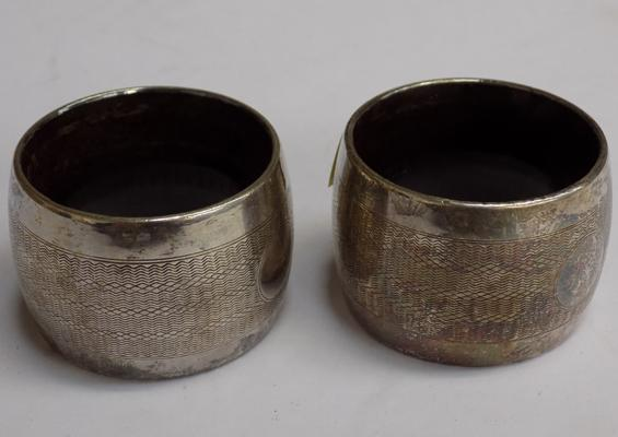 2x Solid silver napkin rings