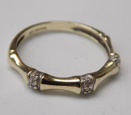9ct Gold diamond bamboo ring size O