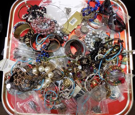 Large selection of vintage costume jewellery, incl. silver