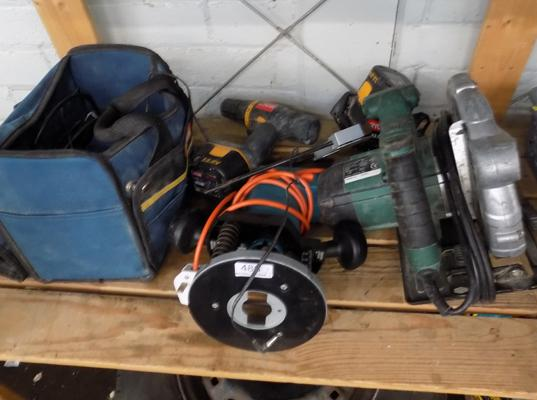 Selection of Power Tools, incl. router/rip saw + bag of miscellaneous items