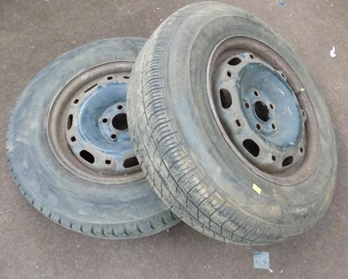 2x Car wheels with tyres 175/80/R14