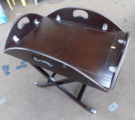 Butlers tray/ table with folding stand