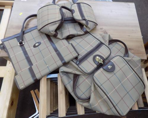 3x Burberry bags
