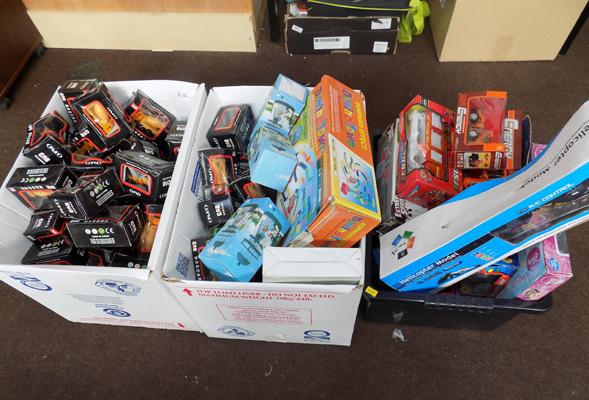 Selection of toys inc new & marine vehicles-3x boxes