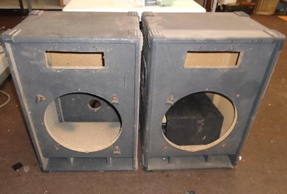 2x Wooden speaker boxes & others 29 inches high x 20 inches wide